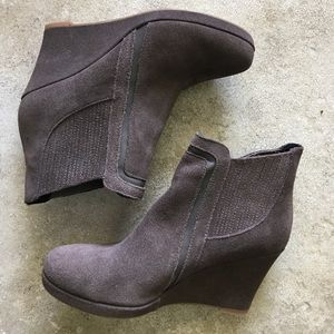 Size 8 Dolce Vita gray booties